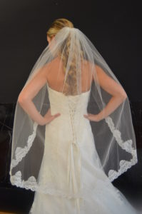 762 One tier lace edge veil. Available in Cathedral length.
