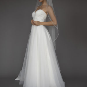 One tier veil with crystal & bugle bead edge.